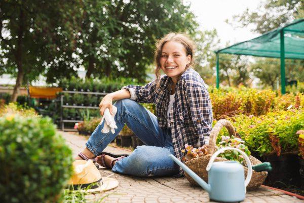 Ze sklepu ogrodniczego do ogrodu – wysadzanie roślin