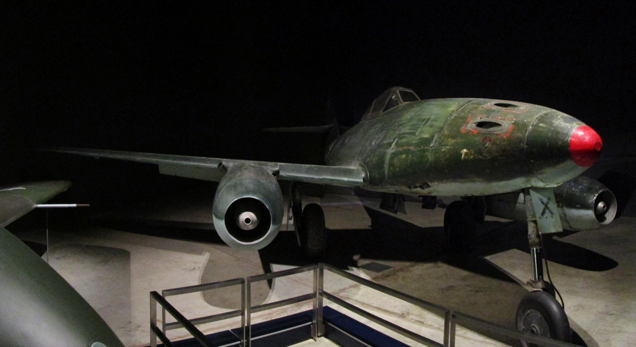 "Australian War Memorial: Messerschmitt Me-262 ""Black X"""