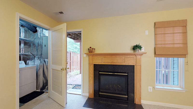 3761 Shannons Green Way, Alexandria, VA - Living Room 1