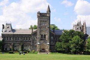 Study in Canada: 2021 University of Toronto Students Scholarships