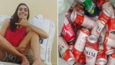 Photo of Jovem cata latinhas para pagar tratamento da mãe: 'única forma que eu achei'
