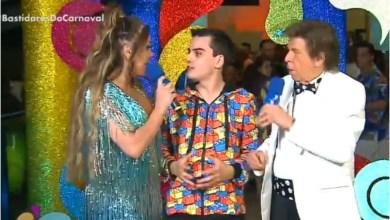 Photo of ( vídeo) Dudu Camargo agarra Simony e ao vivo tenta forçar beijo; apresntadores da RedeTV não gostaram