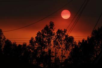 Zaca_fire_sunset_by_john_mueller