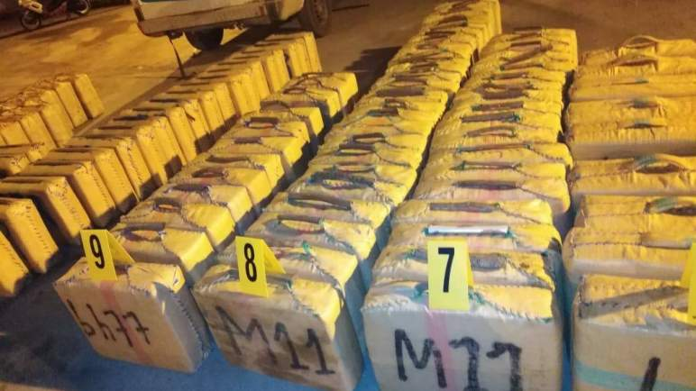 """ضربة موجعة ل """"مافيات"""" المخدرات. حجز 26 طنا من المخدرات.. في عملية أمنية مشتركة بين الشرطة المغربية والفرنسية والإسبانية"""