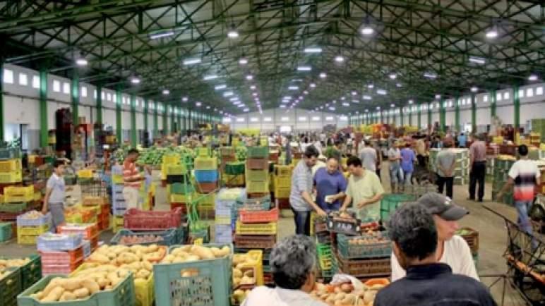 الحكومة تسن تدابير تتعلق بالتسويق المباشر للفواكه والخضروات