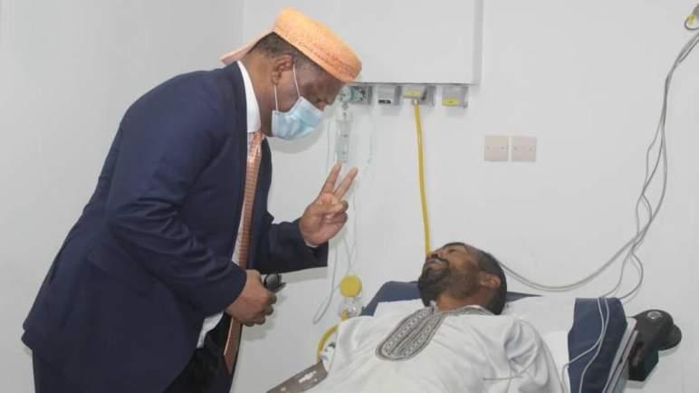 وزيرة الصحة المالية تطمئن على السائق المغربي الذي يخضع للعلاج ببماكو