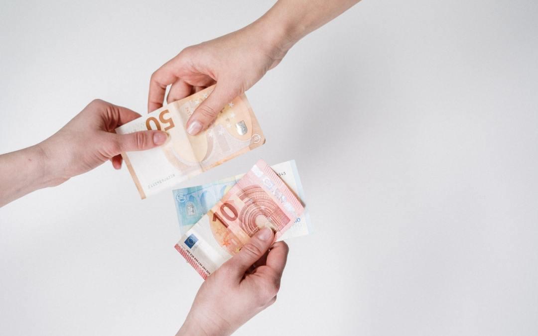 Investir 50 000 euros en commun dans l'immobilier et profiter des taux bas