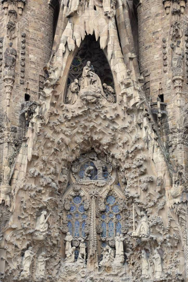 sagrada familia Barcelone architecture acheter immobilier en Espagne 2