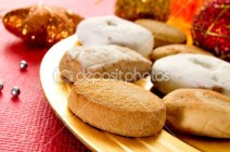 depositphotos_35685185-mantecados-and-polvorones-typical-christmas-sweets-in-Spain