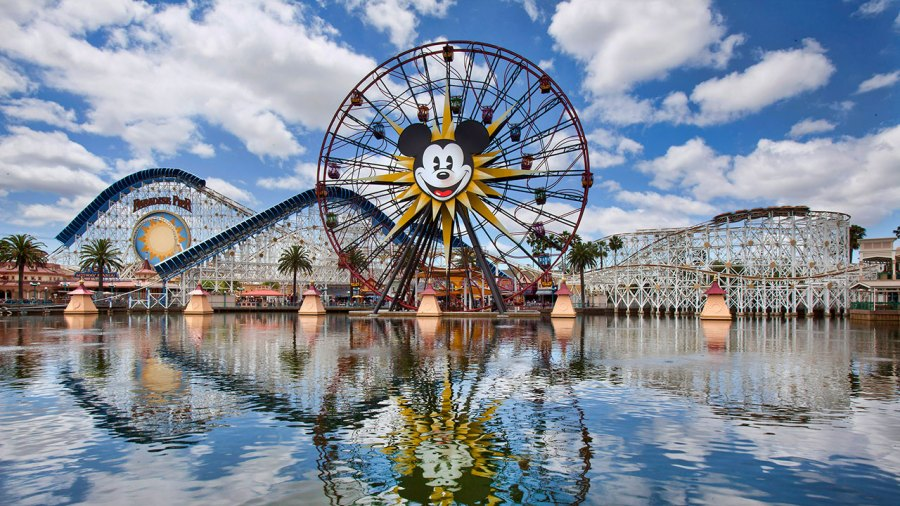 Seniors+will+be+able+to+go+to+Disney+California+Adventure+and+Disney%27s+Magical+Park+as+part+of+Grad+Night.+