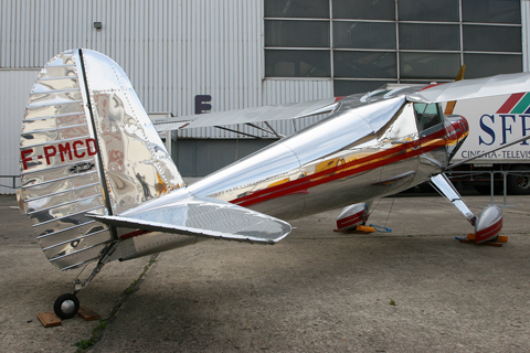 GA taildraggers look so awesome in bare metal!