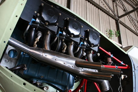 "A numerical oddity is the Aero-3's Lycoming O-435-A, developing 195 HP from six cylinders. Another interesting solution can be seen here - the exhaust pipes all lead into a ""muffling chaber"", where outside air - fed by the pipe extending from the front of the cowl - is apprently mixed with the exhaust to reduce noise levels"