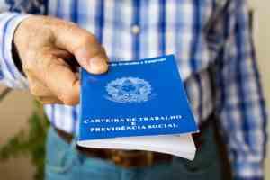 Varejo e serviços devem abrir mais de 100 mil vagas para o fim de ano, projetam CNDLSPC Brasil