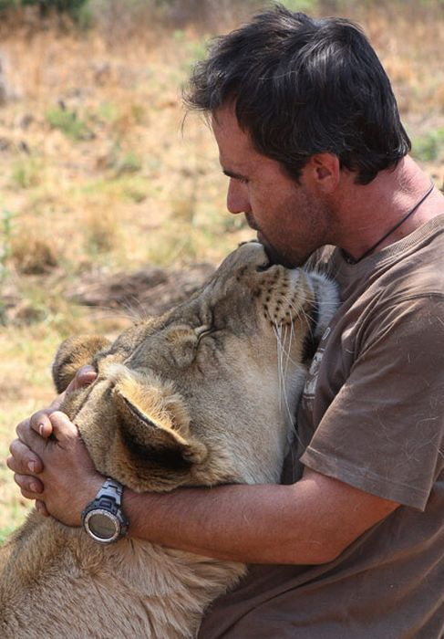 the_lion_whisperer_06.jpg