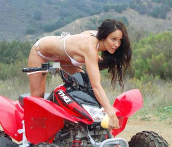 You Just Can't Argue With Gorgeous Girls On Four Wheelers (58 pics)