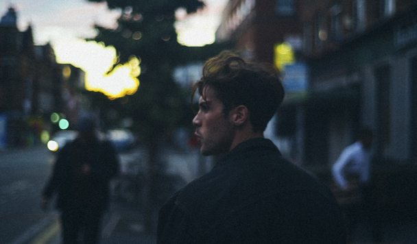 Aiden Grimshaw – Giving It Up [Premiere]