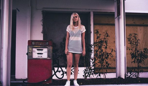 Nicole Millar – Wait [New Single]