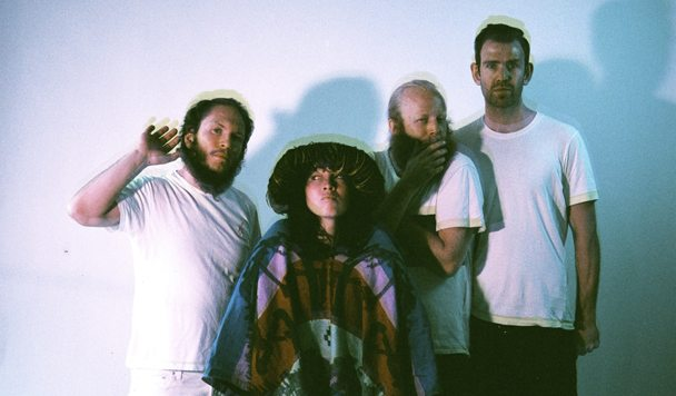 Little Dragon – 'High' [Music Video]