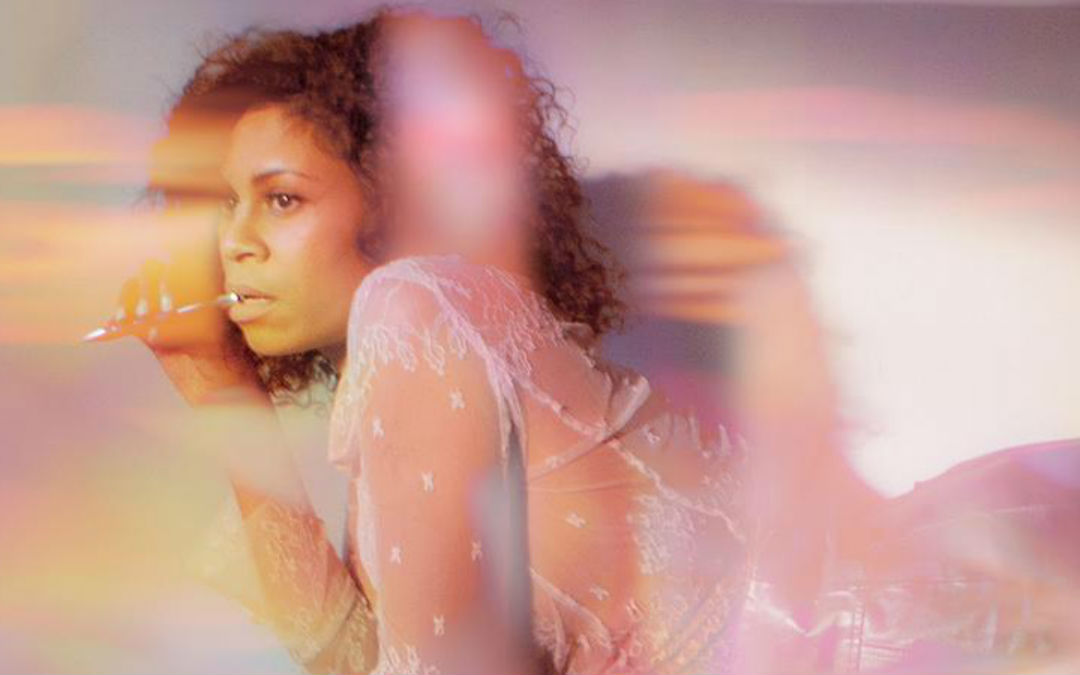 AlunaGeorge – 'Superior Emotion' (ft. Cautious Clay)