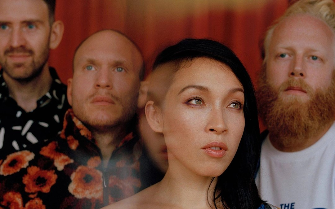 Little Dragon – 'Lover Chanting'