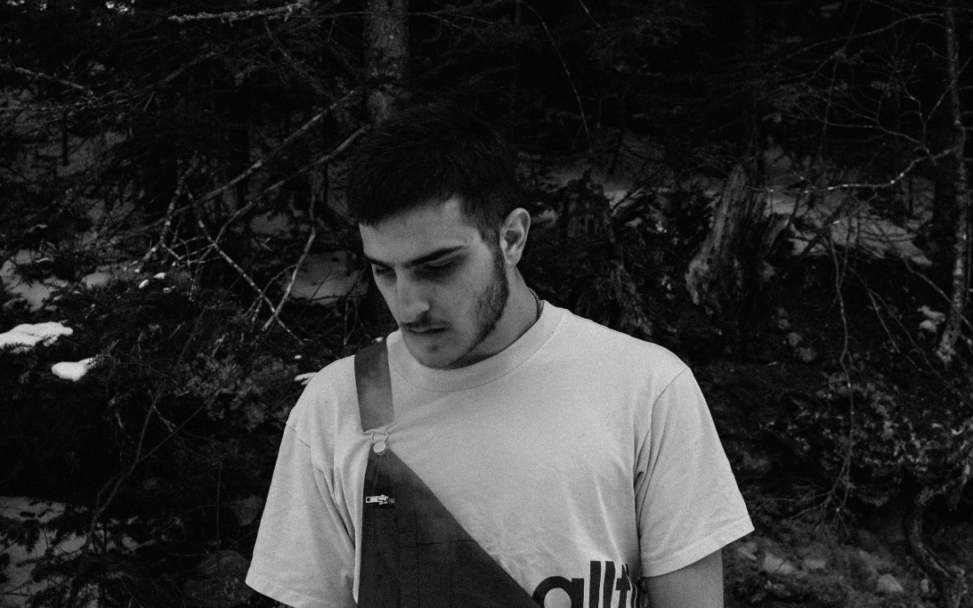 kerri – 'MOON/SUN' (feat. Matt McWaters, Still Haze, Onyx Deimos)