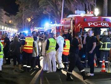 Fransa'da kamyonlu terör