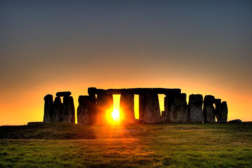 İngiltere'nin en önemli anıtlarından Stonehenge Anıtı