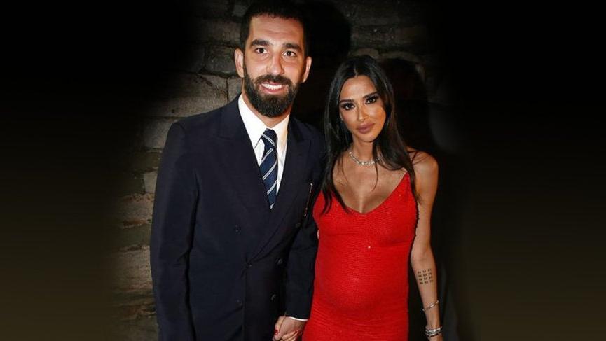 Arda Turan ve Aslıhan Turan çiftinin mutlu günü