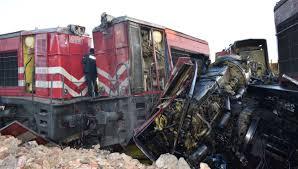 Son Dakika: Malatya'da iki yük treni kafa kafaya çarpıştı. Ölü ve yaralılar olduğu haber alındı.