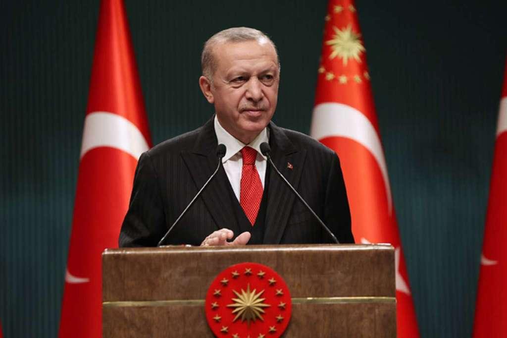 Cumhurbaşkanı Erdoğan'dan darbe bildirisine kararlı yanıt!