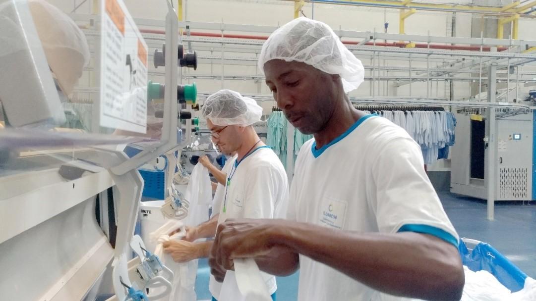 Lavandería española Ilunion generará en Medellín 150 puestos de trabajo