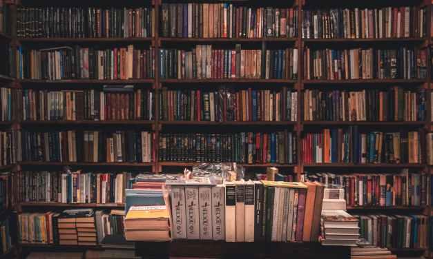 Mesa redonda «Mito y actualidad editorial»