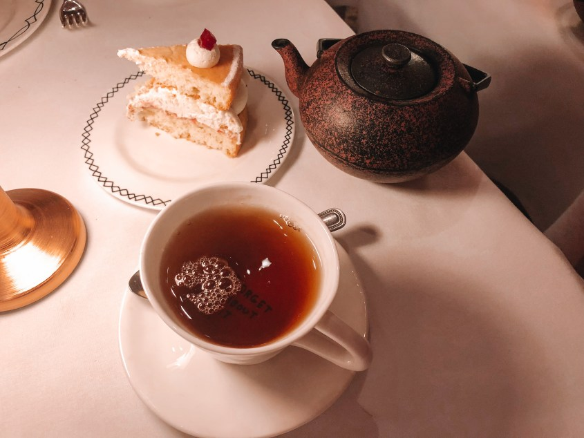 Afternoon tea at Sketch London - first romance tea blend and Victoria Sponge Cake - mmm!