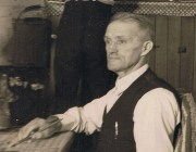 Arthur Stace, early 1930s. Detail from a photo, courtesy of HammondCare.