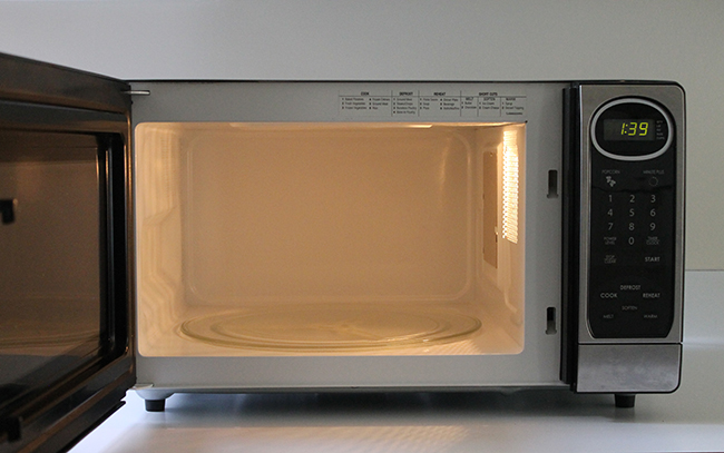 Remove grim from your microwave with lemon and water