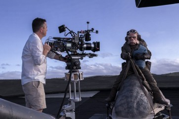 Cinematographers Greig Fraser ACS ASC behind the camera, filming 'The Mandalorian' - PHOTO Melinda Sue Gordon