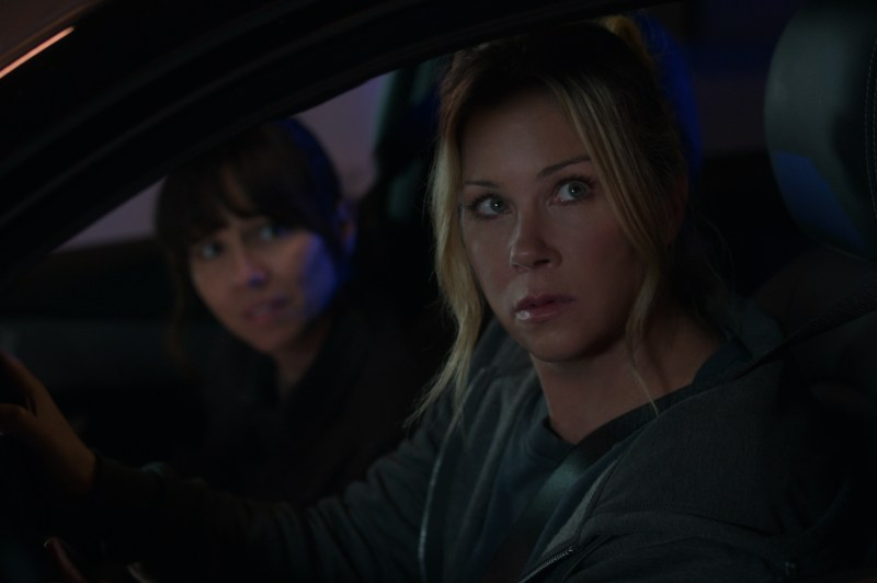 Linda Cardellini and Christina Applegate in a scene from season two of 'Dead to Me' - DOP Toby Oliver ACS, PHOTO Netflix