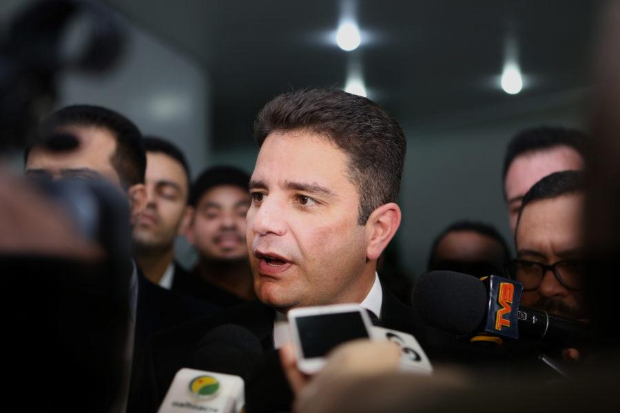 """""""Discórdia"""" entre delegados pode por fim à Secretaria da Polícia Civil, diz Gladson Cameli"""