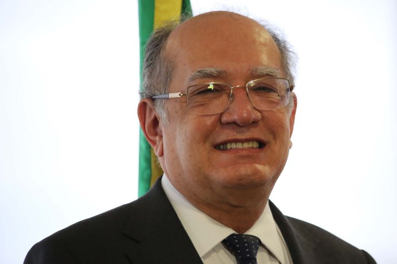Gilmar Mendes proíbe condução coercitiva sem prévia intimação