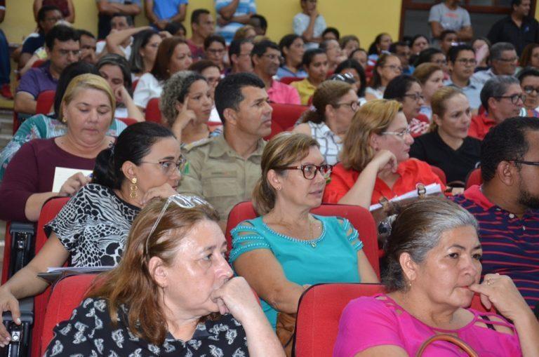Governo divulga lista de inscrições deferidas e indeferidas para o curso de diretor escolar