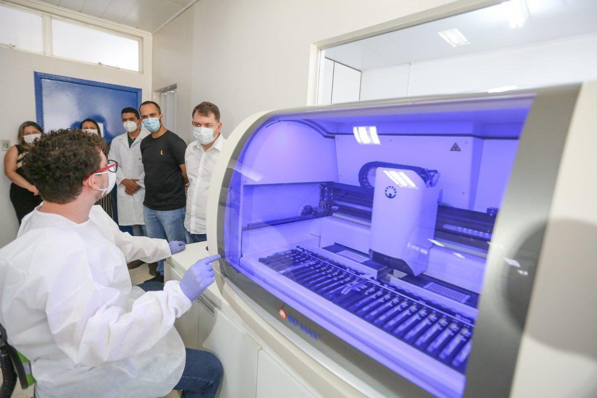 Acre adquire equipamentos que permitem diagnóstico da Covid-19 em até 3 horas