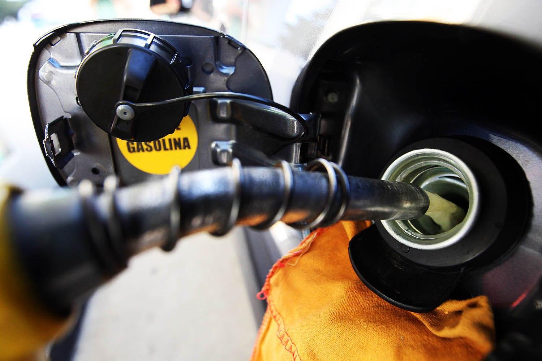 Gasolina e gás de cozinha com preços novos a partir de 16 de julho