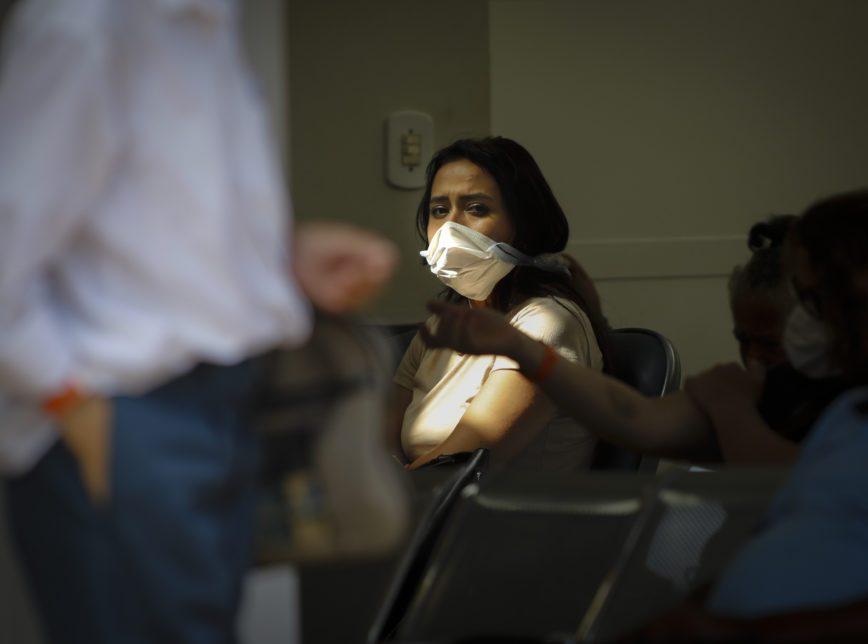 Saúde pede para procurar médico imediatamente ao sentir sintomas da Covid-19