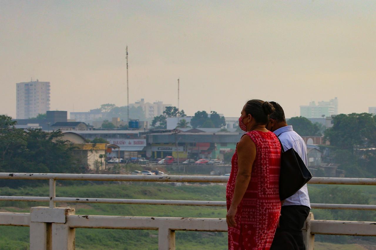 Acre decide decretar situação de emergência ambiental devido às queimadas e seca dos rios