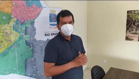 """""""Quem não tomar vacina vai virar defunto"""", diz secretário de Saúde Frank Lima alerta para os riscos de se recusar o imunizante para a Covid-19"""