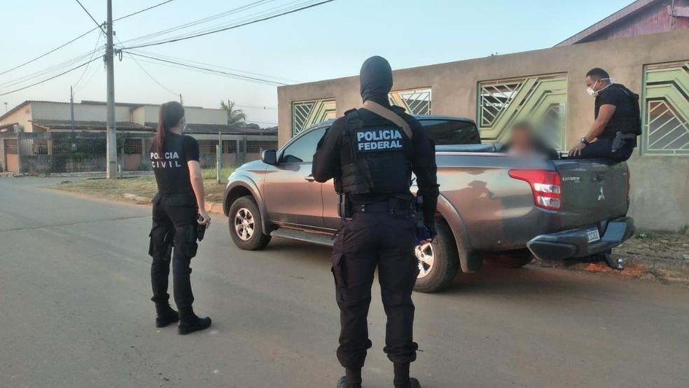 Polícias do AC fazem operação contra o tráfico de drogas na fronteira do estado