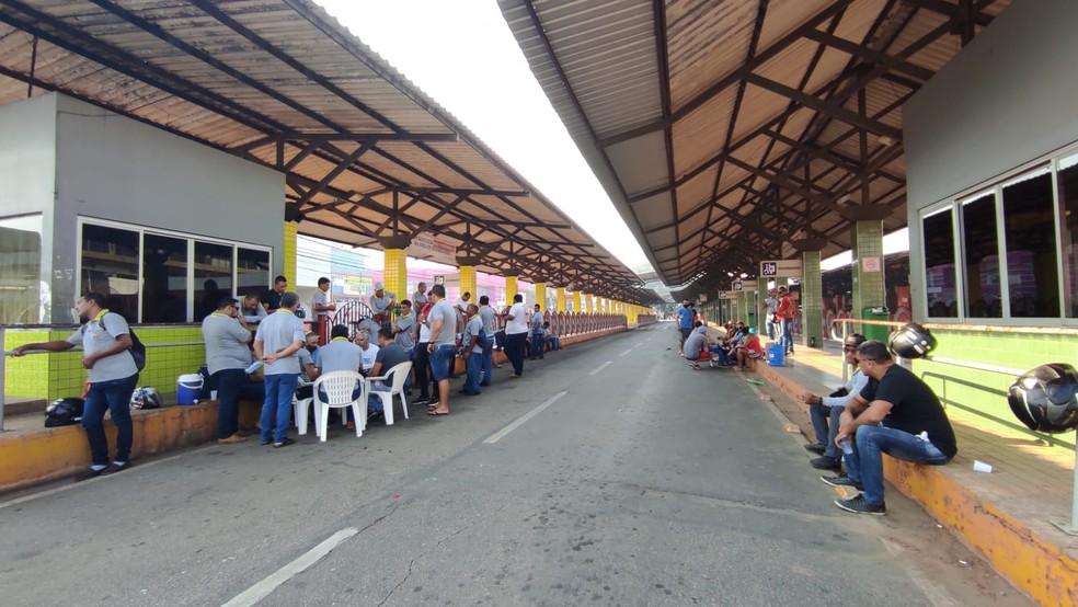 Motoristas seguem com atividades paralisadas e terminal amanhece vazio em Rio Branco
