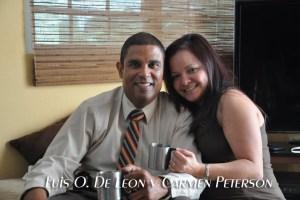 Pastor Junto a Su Esposa