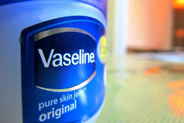 how to get rid of blackheads with vaseline
