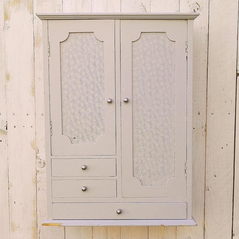 petit meuble mural armoire en bois